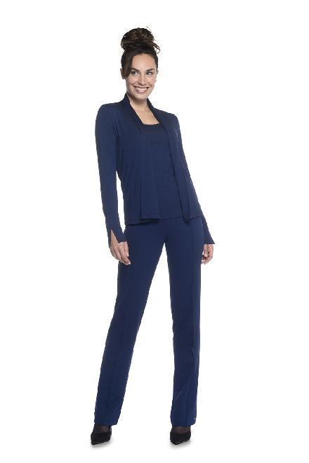 Vest Short -kort vest tot op heup -slim gesneden waardoor je smaller lijkt     materiaal: 95% viscose 5% elastaan